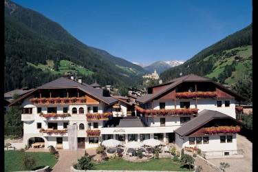 Tophotel dolomiten s dtirol dolomiten for Boutique hotel dolomiten