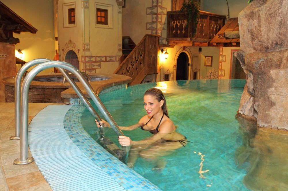 Hotel Canazei Con Piscina E Spa